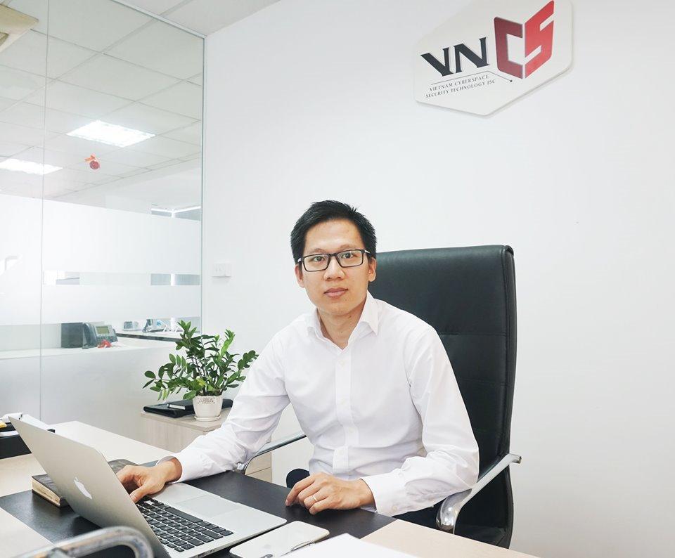 Vì sao VNISA thành lập Câu lạc bộ kiểm tra, đánh giá an toàn thông tin Việt Nam? | Việt Nam có thể vượt Singapore về dịch vụ an toàn thông tin trong 1 – 2 năm tới | VNISA sẽ làm gì để thúc đẩy thị trường dịch vụ an toàn thông tin phát triển?