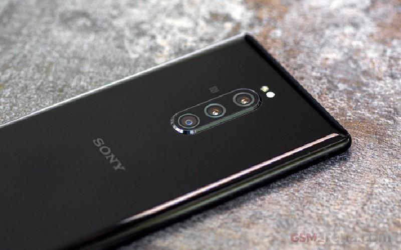 "Chiec smartphone 6 camera mang niem hy vong ""hoi sinh"" Sony-Hinh-4"
