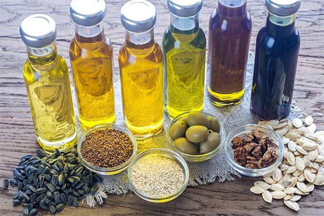 Dầu dừa được coi là loại dầu tốt nhất cho sức khỏe để nấu ăn, mặc dù việc tạo ra nó khá tốn kém.