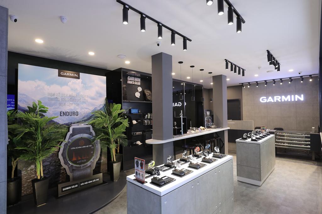 Garmin khai trương Brand Store đầu tiên tại Việt Nam: khuyến mãi 49%, mua 1 tặng 1 ảnh 3