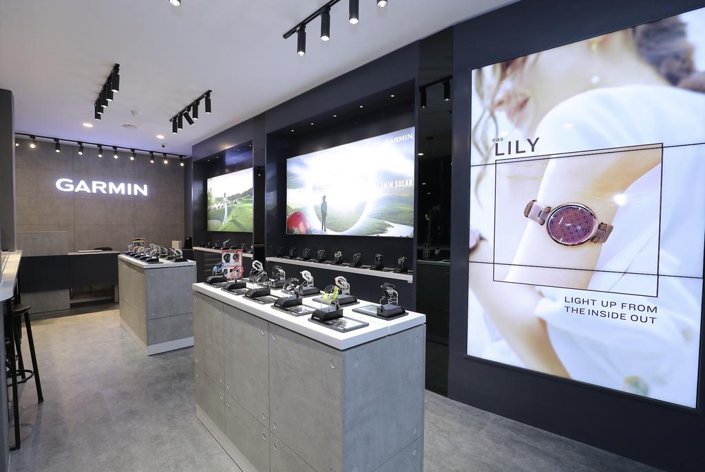 Garmin khai trương Brand Store đầu tiên tại Việt Nam: khuyến mãi 49%, mua 1 tặng 1 ảnh 7
