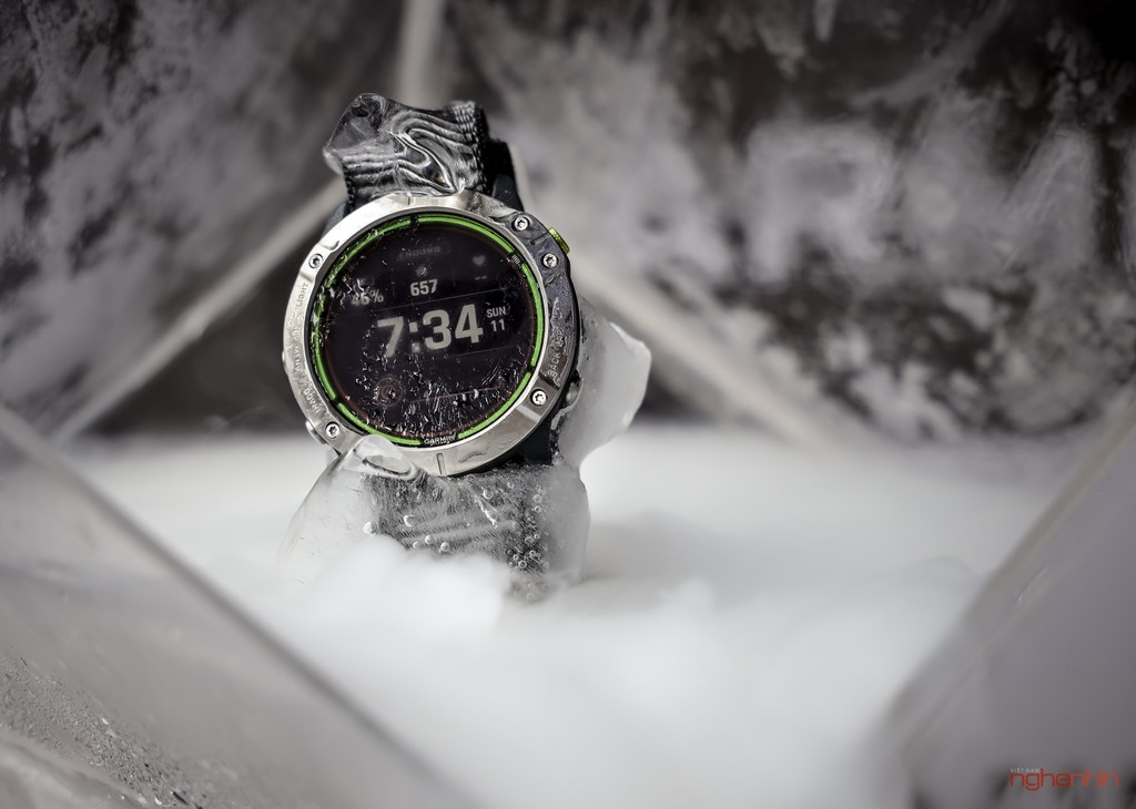 Cận cảnh Garmin Enduro tại Việt Nam: smartwatch pin 65 ngày, sạc bằng năng lượng mặt trời, giá 20 triệu ảnh 1