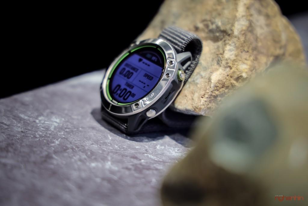 Cận cảnh Garmin Enduro tại Việt Nam: smartwatch pin 65 ngày, sạc bằng năng lượng mặt trời, giá 20 triệu ảnh 6