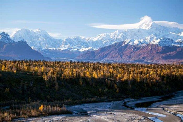 Dãy núi Denali ở Alaska, Mỹ. Vẫn còn những vùng hoang dã nơi con người không có ảnh hưởng.