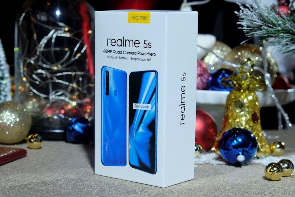 Realme 5s ra mắt, nâng cấp cụm 4 camera, giá bán 4,99 triệu đồng