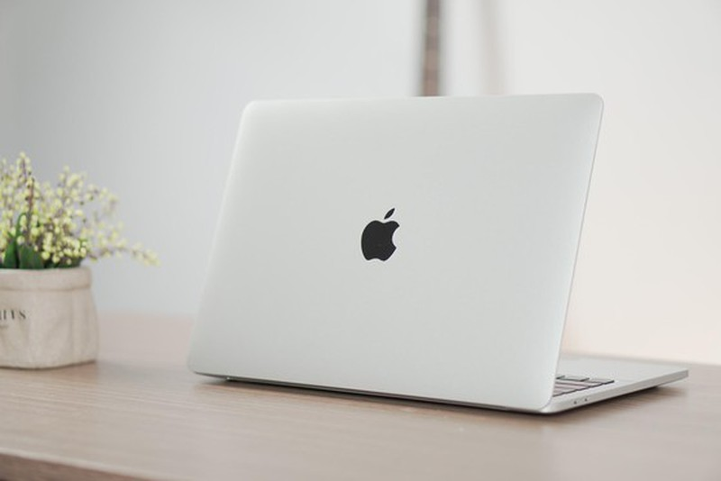 MacBook M1 co gi khac so voi MacBook su dung chip Intel?
