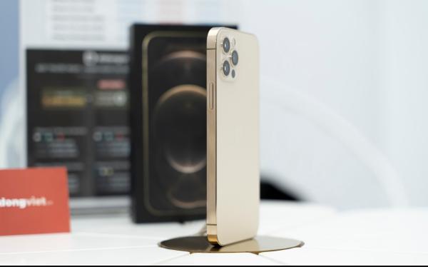 iPhone 12 VN/A bước vào thời điểm có giá rẻ nhất ảnh 3