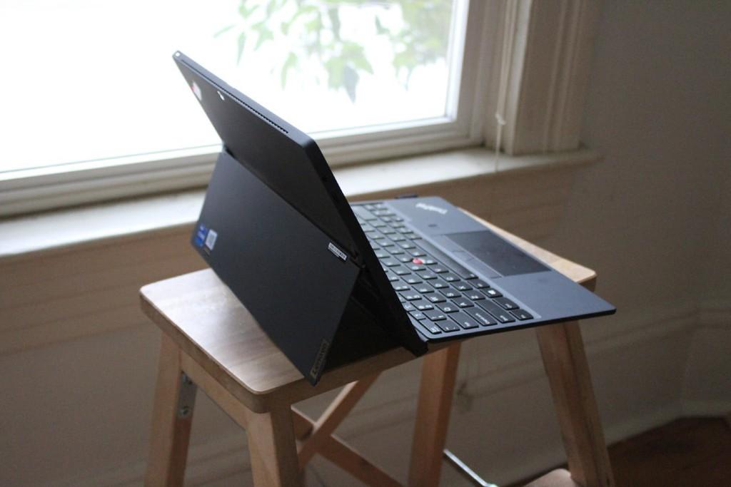 Lenovo trở lại cuộc đua máy tính bảng với ThinkPad X12, giá 1,149 USD ảnh 7