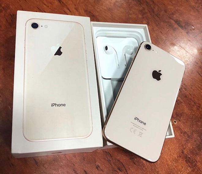 10 smartphone bi lam gia nhieu nhat, mau iphone nay vo doi hinh anh 1