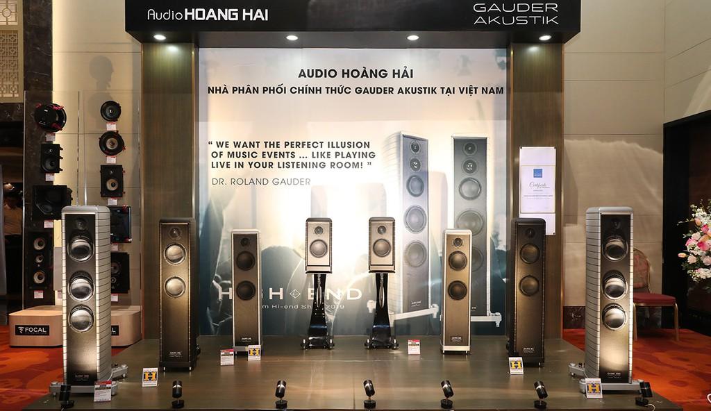 """Gauder Akustik DARC 40 - Loa bookshelf tiền tỉ có khả năng tải """"lượng"""" âm thanh đáng nể ảnh 1"""