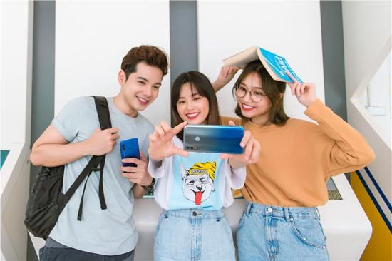Vì sao HONOR 10 Lite là quà công nghệ tốt nhất cho mùa tựu trường 2019?
