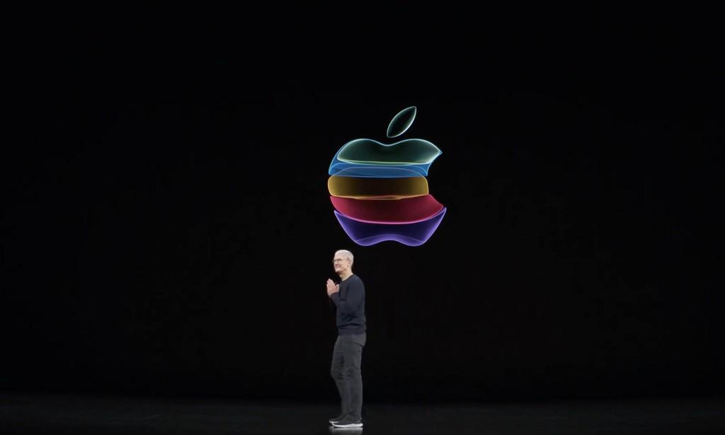 Ra iPhone mới, vốn hoá Apple lại vượt 1 nghìn tỷ USD ảnh 1