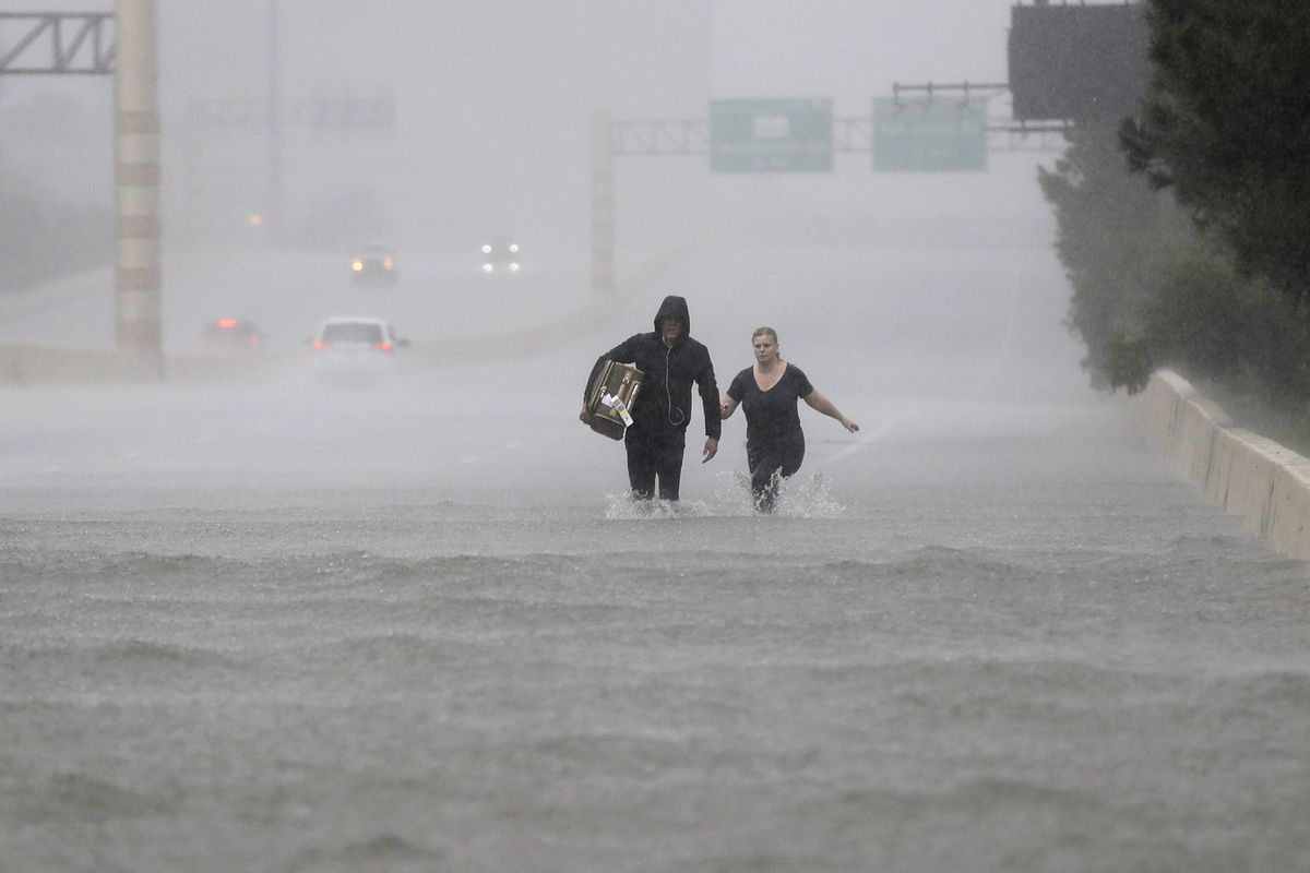 Các trận bão đang có xu hướng ngày càng dữ dội, do hiện tượng nóng lên của Trái đất. Ảnh: Vox.