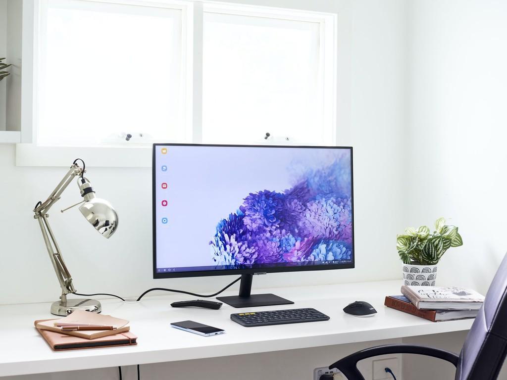 Samsung ra mắt dòng màn hình thông minh không cần máy tính M7   M5 đầu tiên trên thế giới ảnh 3