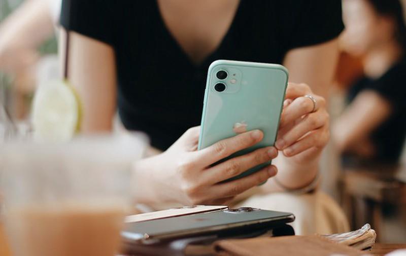 Tin vui cho cac chang: iPhone bat ngo giam am am nhan dip Valentine