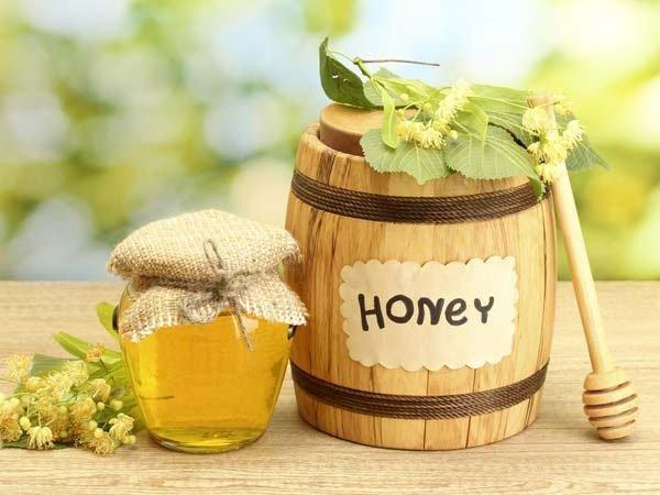 Trà xanh pha mật ong