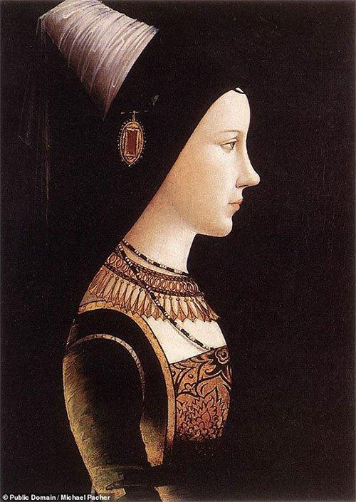 Mary từ Burgundy là người không bị ảnh hưởng bởi chứng bệnh này, bởi bà là người ngoài gia tộc