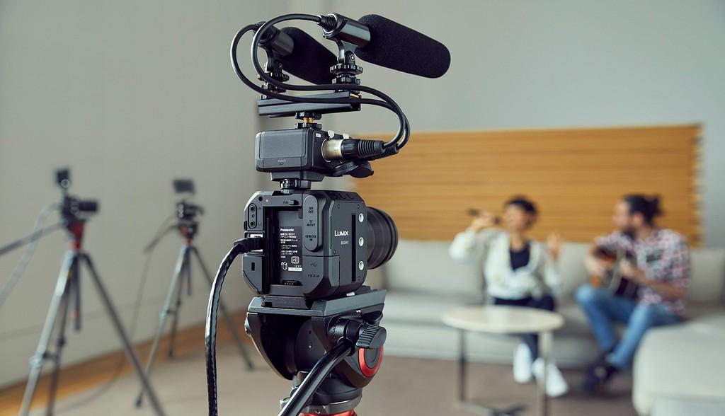 Panasonic công bố máy quay video Micro Four Thirds BGH1 khối vuông nhỏ xíu ảnh 3