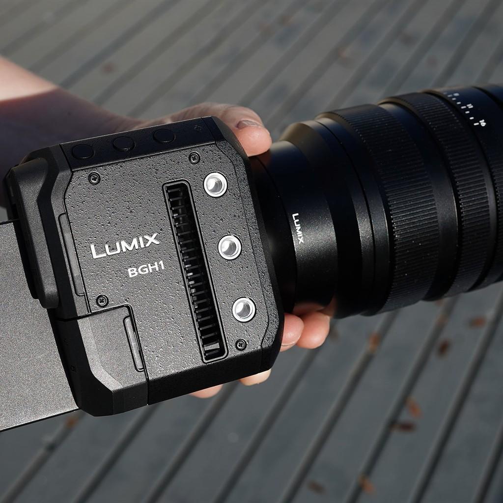 Panasonic công bố máy quay video Micro Four Thirds BGH1 khối vuông nhỏ xíu ảnh 5