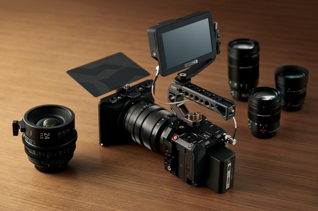 Panasonic công bố máy quay video Micro Four Thirds BGH1 khối vuông nhỏ xíu ảnh 6