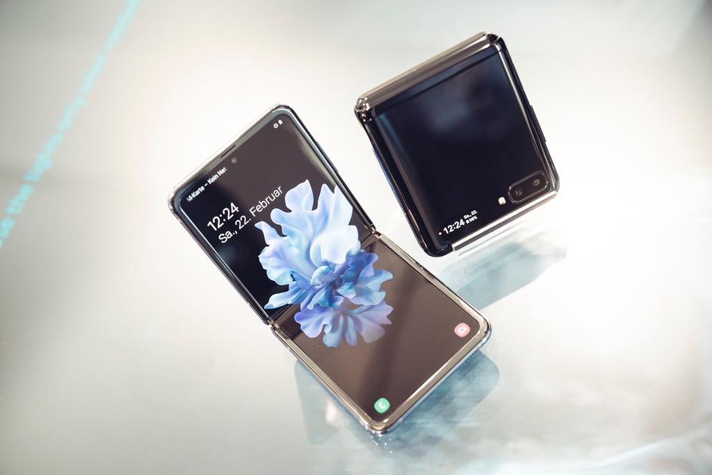 Galaxy Z Flip có 'vũ khí tối thượng' để có độ bền tốt hơn Galaxy Fold ảnh 1