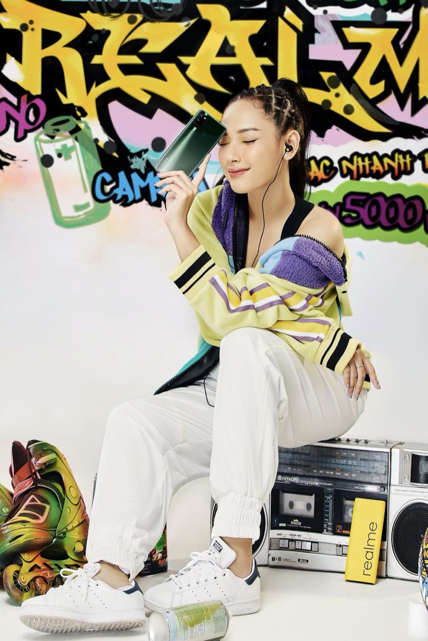 Nữ ca sĩ Cara thanh lịch, năng động cùng realme 7i ra mắt ngày 16/10, quà tặng hơn 1 triệu ảnh 4