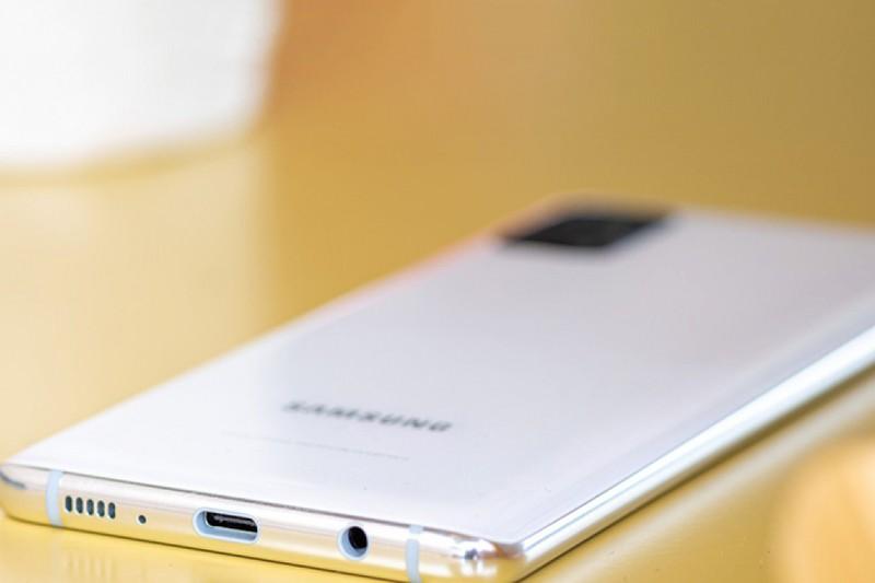 Samsung sap nang tam dong Galaxy A
