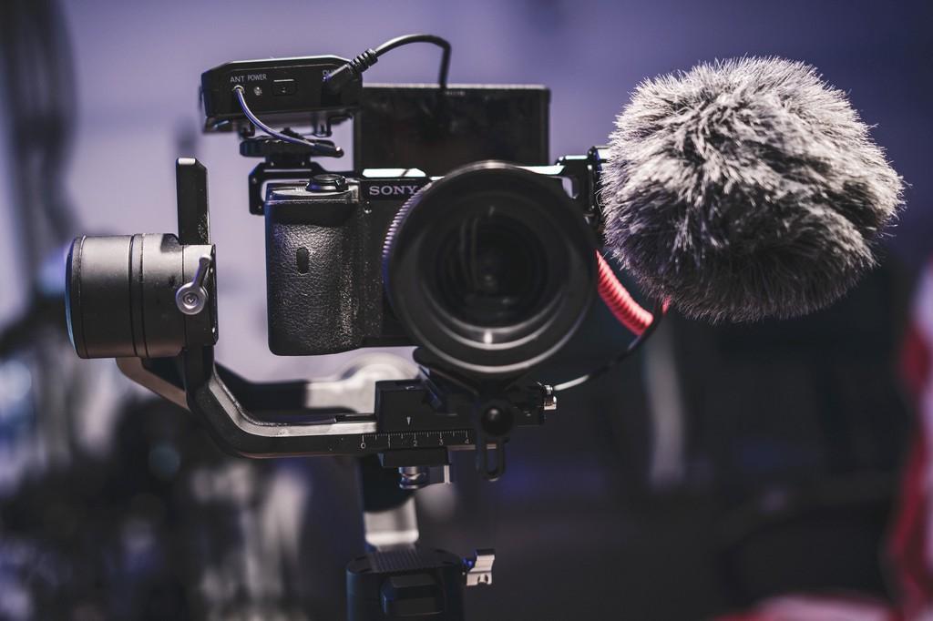 Máy ảnh vlog tốt nhất cho năm 2020 ảnh 7