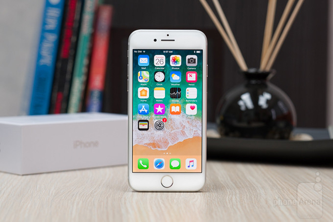 iphone se 2020 vua ra mat co gi khac so voi iphone 8? hinh anh 2