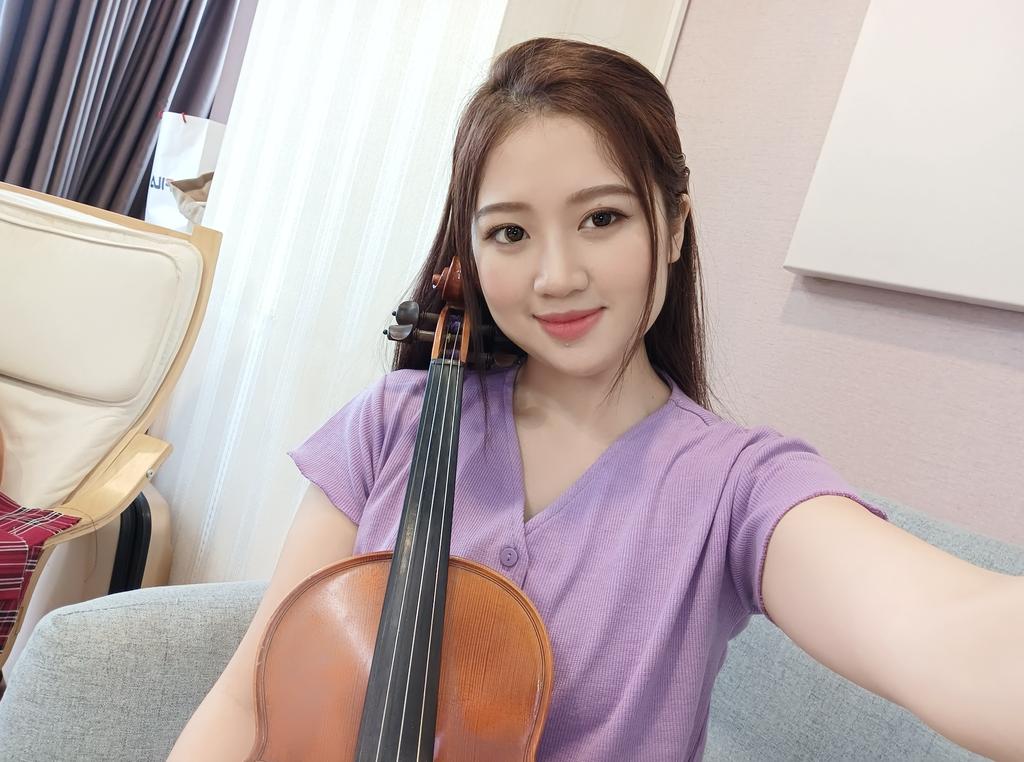 Cùng Qinie Violin khui hộp và trải nghiệm nhanh vivo V21 5G  ảnh 14