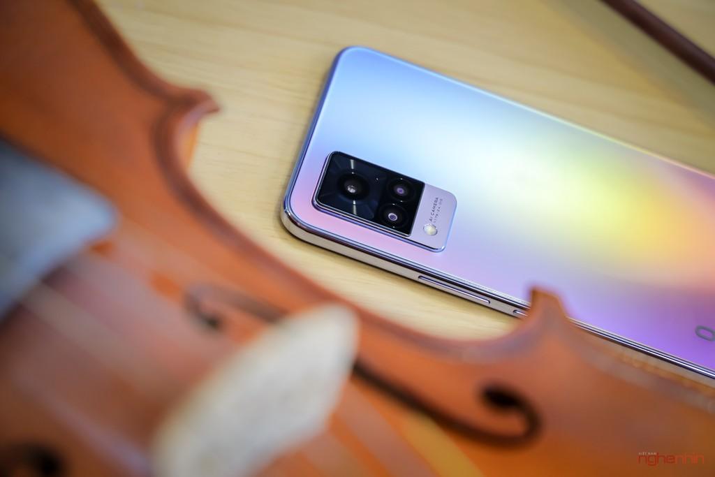 Cùng Qinie Violin khui hộp và trải nghiệm nhanh vivo V21 5G  ảnh 3