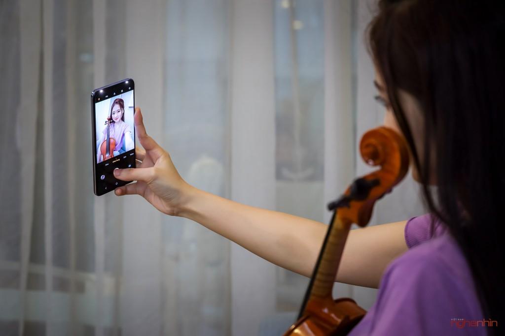 Cùng Qinie Violin khui hộp và trải nghiệm nhanh vivo V21 5G  ảnh 10