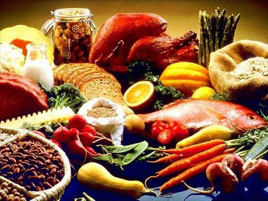 Dị ứng thực phẩm là một nguyên nhân gây bệnh mề đay.