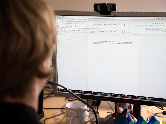 Không thể gõ phím vì bệnh hiểm nghèo, anh kĩ sư Google tự chế phần mềm nhận diện giọng nói, chỉ cần ra lệnh là máy tính tự viết code thay mình - Ảnh 6.