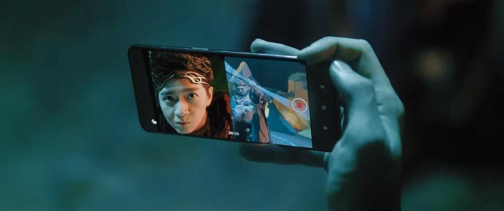 Ngô Kiến Huy dùng OPPO Reno5 bắt yêu quái cực đỉnh trong MV mới ảnh 2