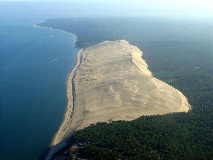 Cồn cát The great dune of pyla là một hiện tượng địa chất hiếm gặp