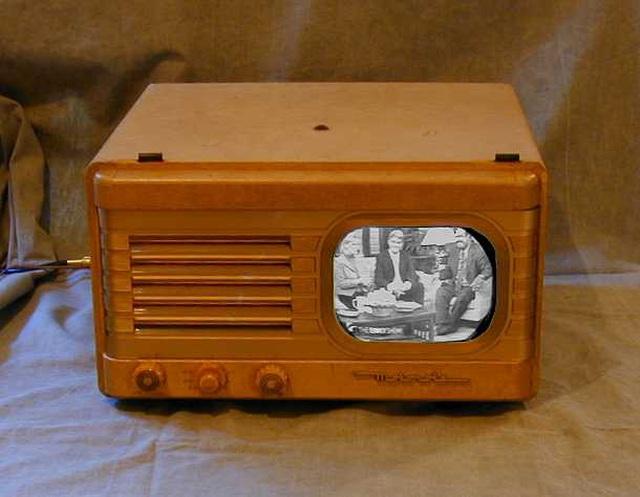 TV đã tiến hoá thế nào trong gần một thế kỷ qua? - 11