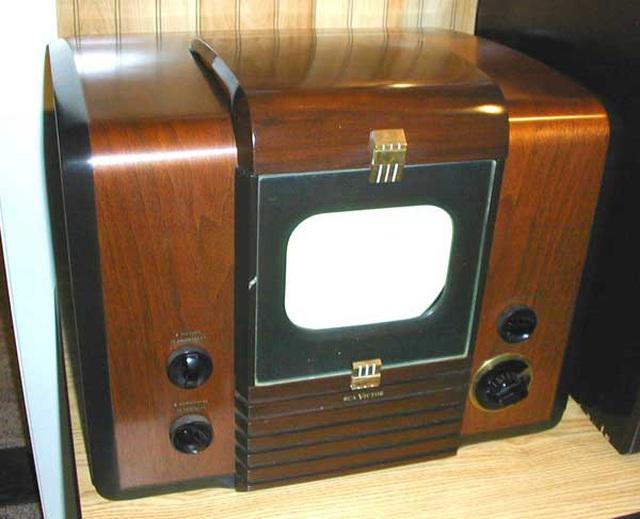 TV đã tiến hoá thế nào trong gần một thế kỷ qua? - 9