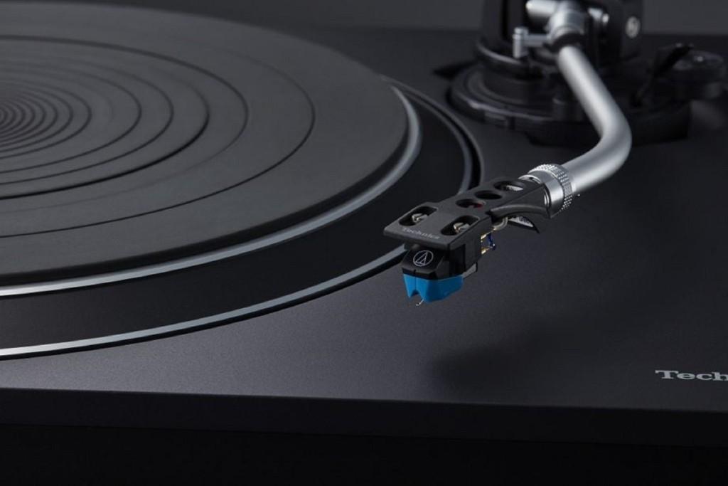 """Technics SL-100C - Mâm than giá phổ thông, công nghệ """"chất"""" cho người mới chơi vinyl ảnh 1"""