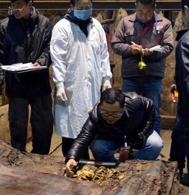Theo Xinhua, khu nghĩa trang bắt đầu được khai quật từ 5 năm trước, đến nay đã khai quật được hơn 20.000 cổ vật.
