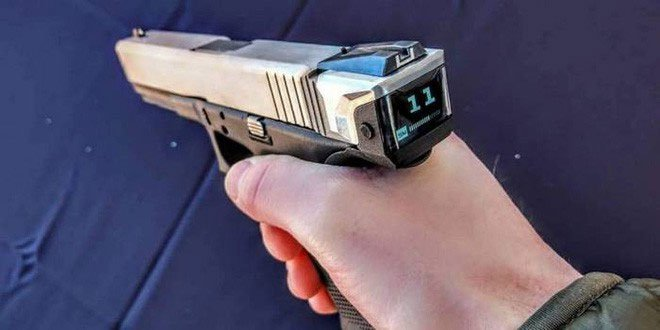 Radetec giới thiệu hộp khóa nòng thông minh cho súng Glock.