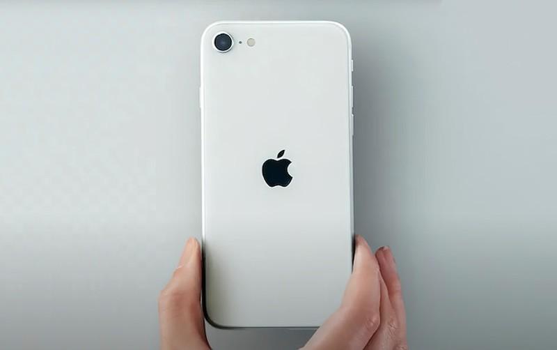 Chi ban cach tren tay som iPhone SE 2020 ma khong can phai den cua hang