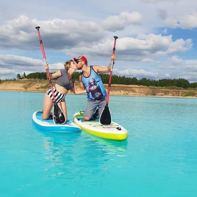 Nhiều hot Instagram người Nga đã lựa chọn chiếc hồ này là nơi chụp ảnh sống ảo.