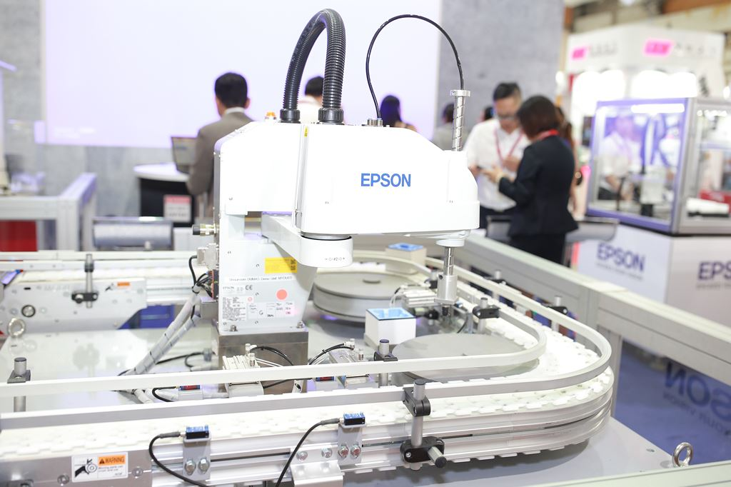 Epson lần đầu giới thiệu các giải pháp Robot công nghiệp tại Việt Nam  ảnh 3