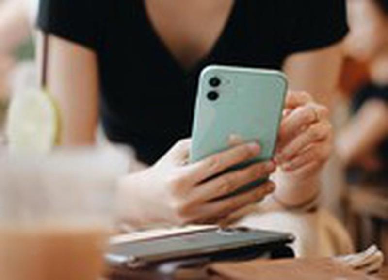 iPhone 11 Pro Max giam gan 8 trieu dong tai Viet Nam-Hinh-3