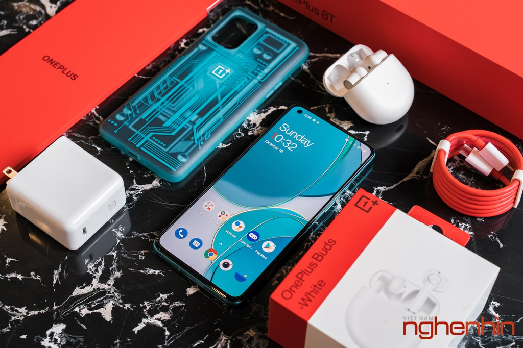 Mở hộp OnePlus 8T 5G: Thiết kế đổi màu, màn hình 120Hz, sạc nhanh 65W, quà 3 triệu ảnh 11