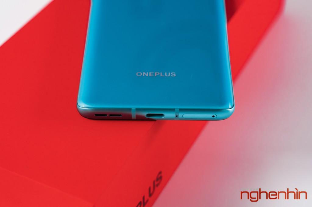 Mở hộp OnePlus 8T 5G: Thiết kế đổi màu, màn hình 120Hz, sạc nhanh 65W, quà 3 triệu ảnh 15