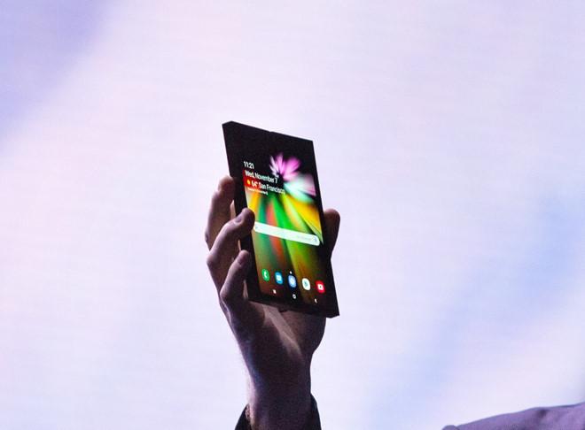 Smartphone màn hình gập sẽ thay đổi cuộc chơi 2019