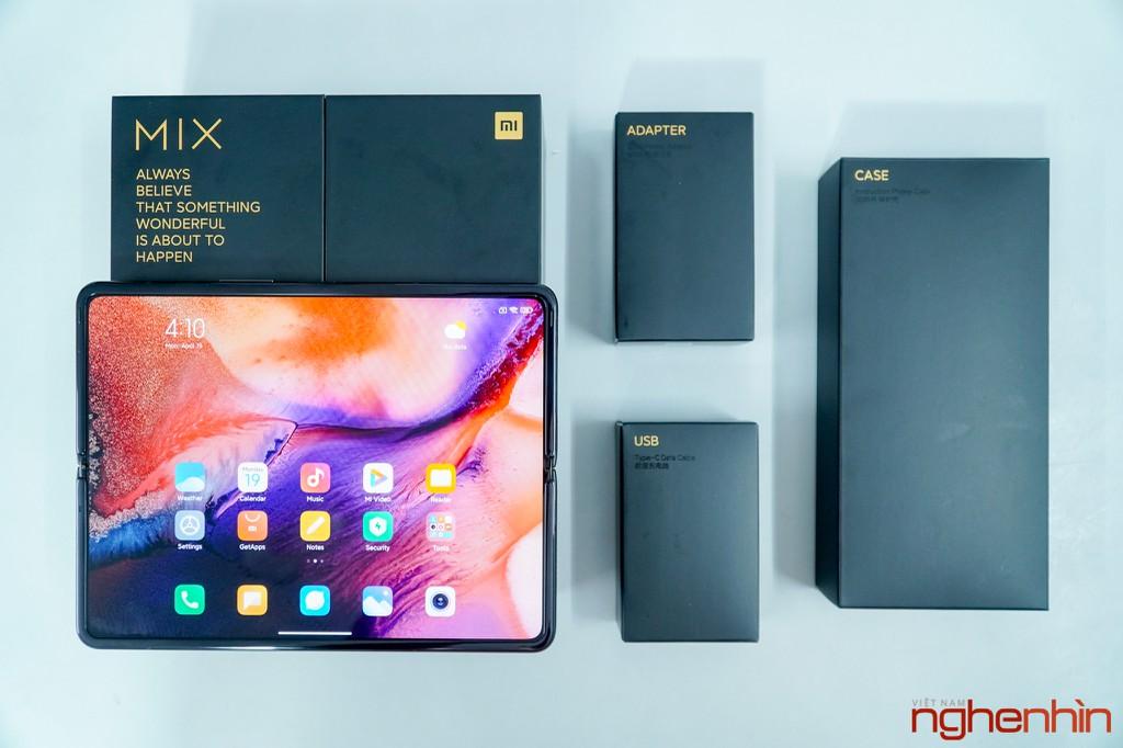 Trên tay Xiaomi Mi MIX Fold đầu tiên về Việt Nam: 40 triệu đồng có gì? ảnh 1
