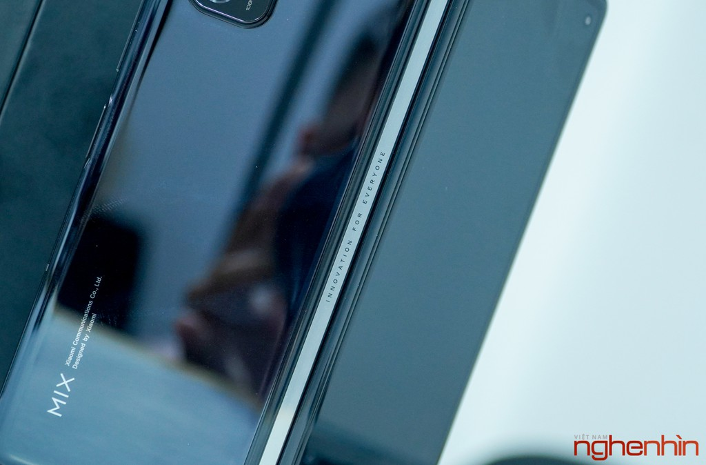 Trên tay Xiaomi Mi MIX Fold đầu tiên về Việt Nam: 40 triệu đồng có gì? ảnh 15